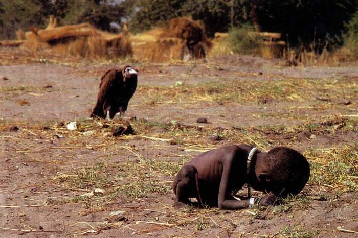 child-vulture-sudan